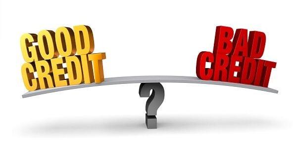 Gute Kreditwürdigkeit versus schlechte Kreditwürdigkeit: wohin neigt sich die Waage?